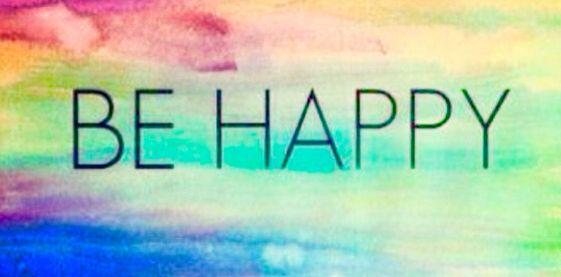 La felicidad es un estado pasajero de locura.