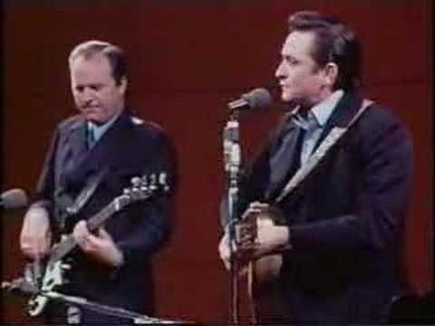 Johnny Cash - I Walk the Line at San Quentin - YouTube