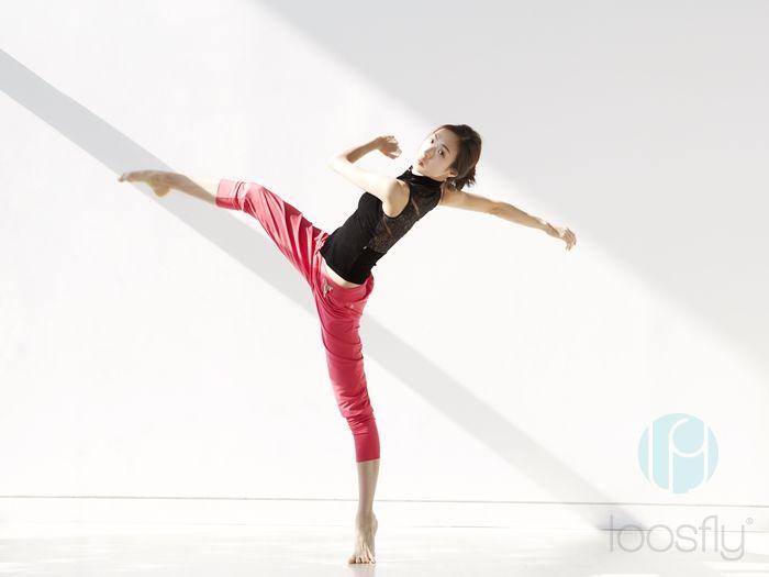 [루스플라이 룩북] #013 하이넥 집업 레이스 탑 (블랙벨벳) + 스트랩 풀니스팬츠(코랄핑크) [loosfly Look Book] #013 Highneck Zipup Lace Top (Black Velvet) + Strap Fullness Pants (Coral Pink)