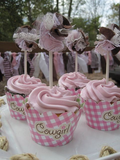 Cupcakes at a Cowgirl Party #cowgirl #party