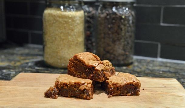 AMAZING gluten free chocolate almond blondies.