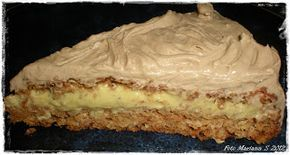 Kvardagskost og KOS med LAVKARBO: Nøttekake med vaniljekrem og sjokoladetopping - lavkarbo ♥ --- Almond cake with custard and chocolate topping --- Give me a shout if you need translation :0)
