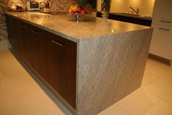 Kashmir White Wraparound Granite | Kitchen Worktops | Pinterest | Kitchen  Worktops, Granite And Granite Kitchen