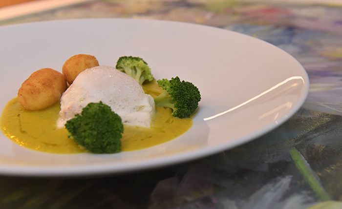 La cucina è #semplicità al palato. Bisogna prendersi cura del cibo, ricercare e coccolare la materia prima. La ristorazione questo ci insegna #tuttiigiorni. www.biosteriapari.it