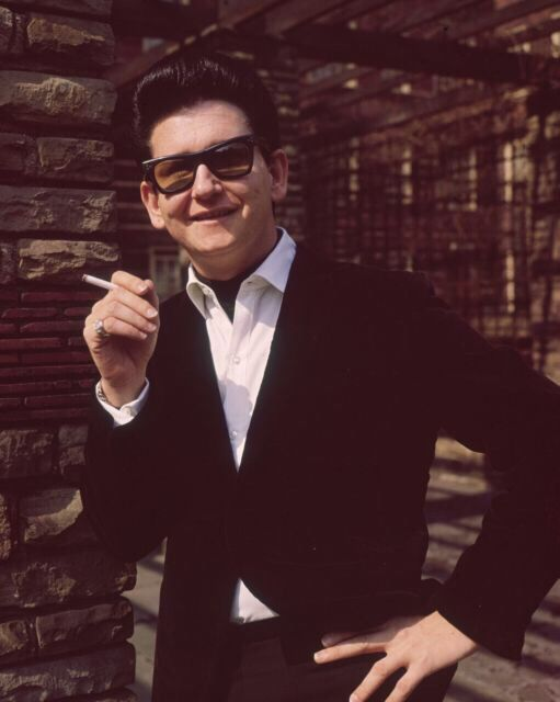 Roy Orbison April 1964: Legendary American rock 'n' roll singer Roy Orbison (1936 - 1988) at Dolphin Square in London