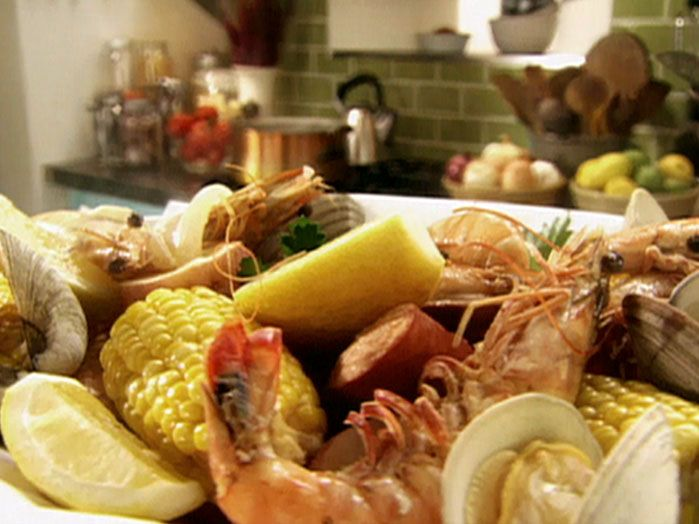Shrimp Boil with Clams and Lemon Recipe : Tyler Florence : Food Network - FoodNetwork.com