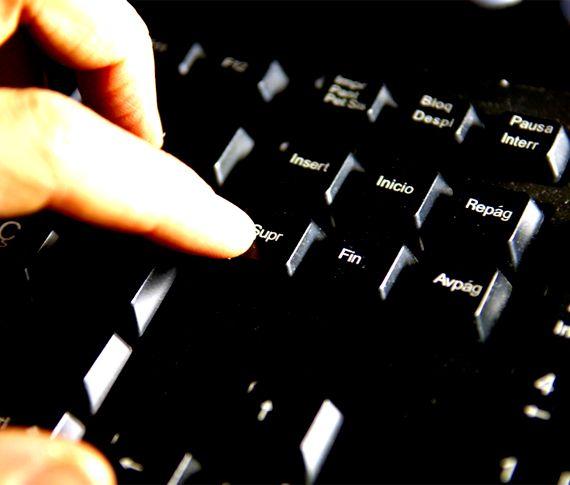 Agencia Española de Protección de Datos - http://www.agpd.es/portalwebAGPD/index-ides-idphp.php
