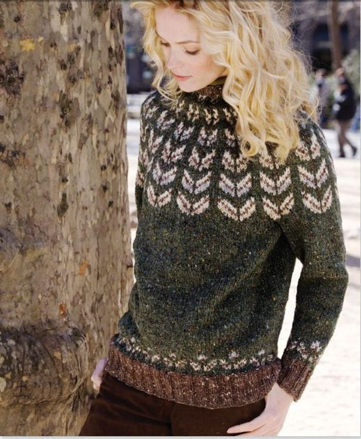 Yoke Pullover in Tahki Yarns Donegal Tweed. Discover more Patterns by Tahki Yarns at LoveKnitting. The world's largest range of knitting supplies - we stock patterns, yarn, needles and books from all of your favourite brands.