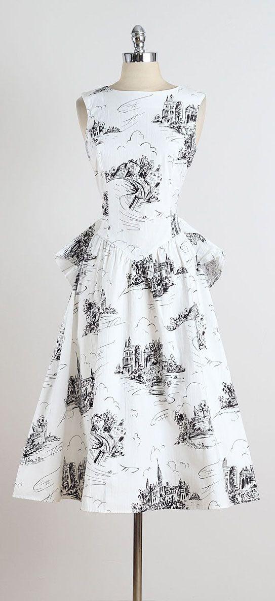 Castle Isle . vintage 80s dress . vintage by millstreetvintage