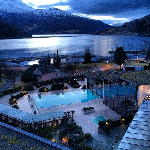 #Loen i #Nordfjord. #ilovenorway #selgnorge #fjords #visitnorway #bestofnorway #bestofscandinavia #norway #norge #nhoreiseliv #Padgram