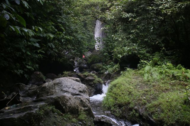 Air-Terjun-Jeruk-Manis (2)