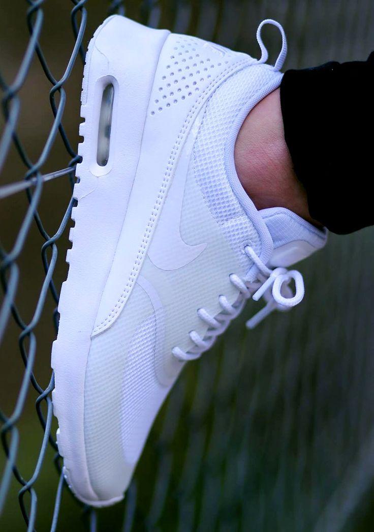 Nike Air Max Thea: All White