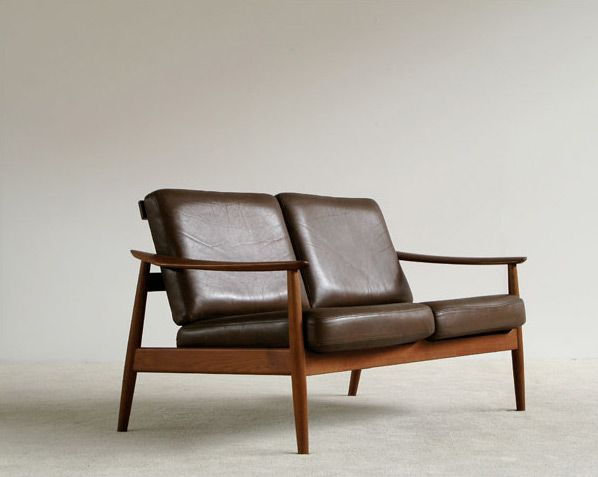 Arne Vodder Leather Two Seater Sofa. Online GalleryVintage Furniture ArchitectsSofas
