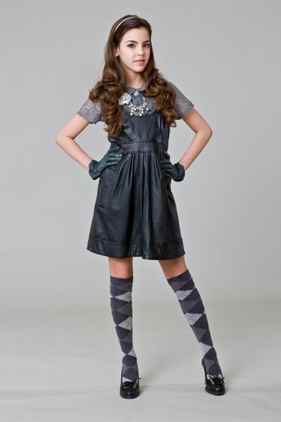 """Samantha Boscarino as Alicia Rivera in """"The Clique"""""""