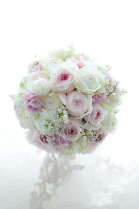 ラウンドブーケ 帝国ホテル様へ 初恋 : 一会 ウエディングの花