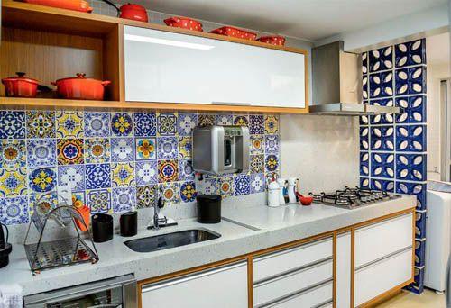 Декорирование фартука кухни в мексиканском стиле.