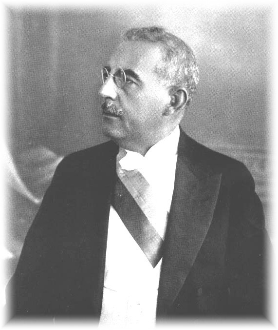 Sténio Vincent ran for office of the Presidency on a nationalist campaign based on opposing American presence in Haiti. While the Marines left in 1934, this emboldened his leadership style. Meanwhile, under the influence of the Good Neighbor policy the US became a major trader with Heidi.