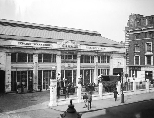 April 1929: The Bluebird Garage on King's Road, Chelsea (Photo by Fox Photos/Hulton Archive/Getty Images)