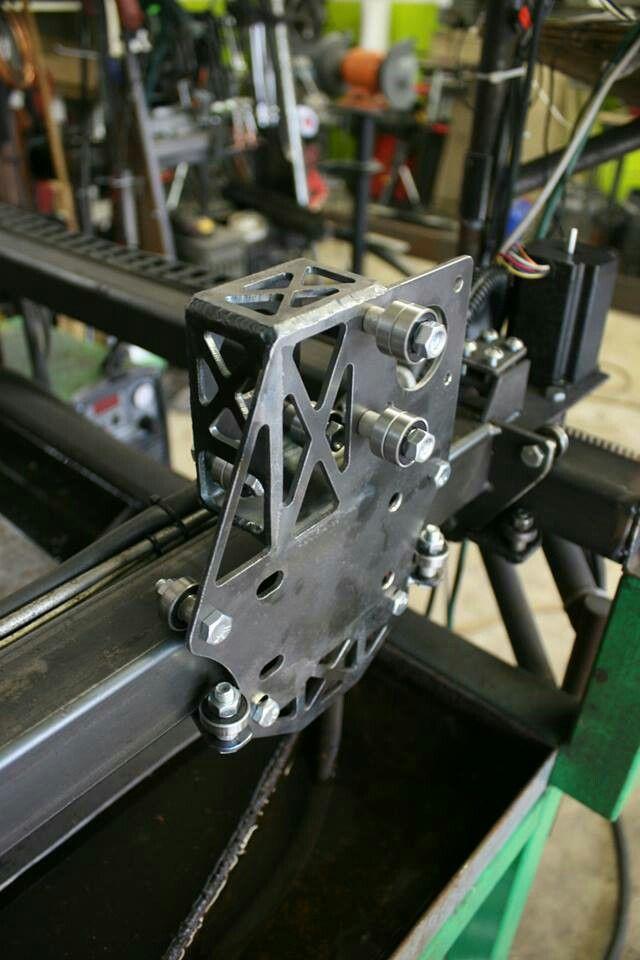 Scratch Built CNC Plasma Cutting Table - www.theturtlelab.com