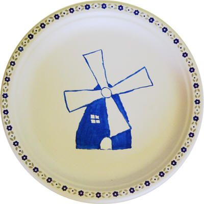Make a paper plate version of Delft pottery