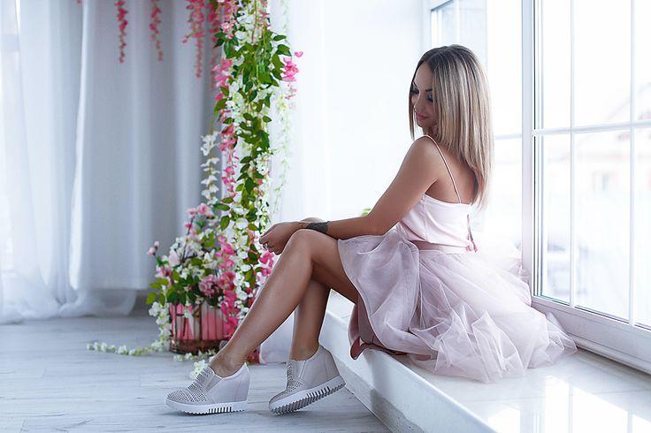 Женские светло-розовые кожаные кеды ZUMITA будут удобны в носке благодаря тщательно продуманному дизайну!