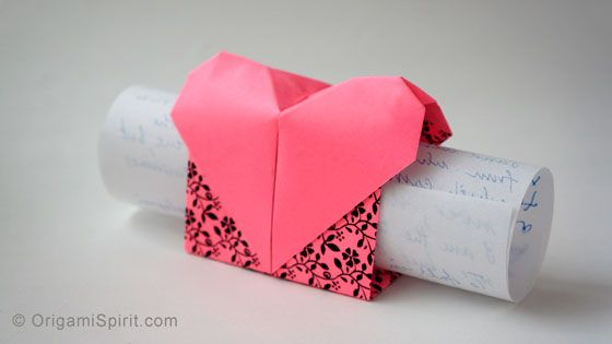 Make an origami heart - love messenger #origamiheart #valentineorigami #mothersday