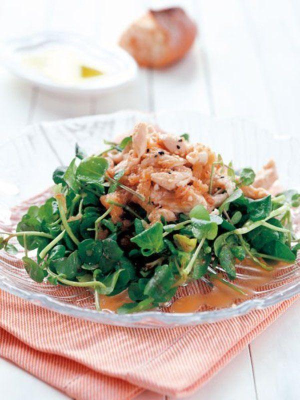 Recipes:りんごと味噌のクレソンサラダ/りんご、味噌、はちみつなどで作ったドレッシングで、クレソンなどの苦味のある野菜を食べやすく。