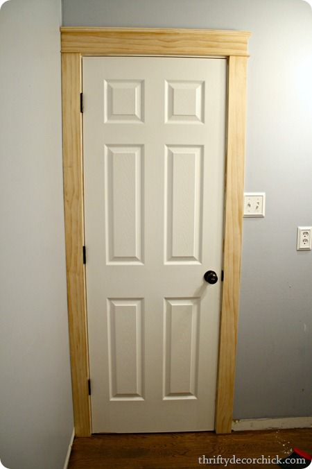 DIY craftsman door trim - since I have to recaulk anyway, might as well give it a try!