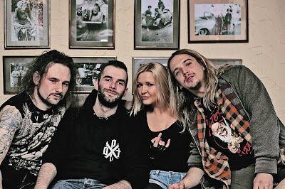 Sylwia Cegieła - profil zawodowy : Hurraganowy powiew rocka. Rozmowa z Pauliną Magdaleną Mazur