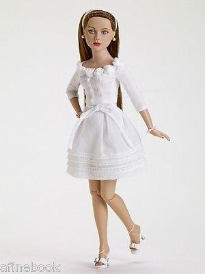 Tonner-Gardenia-Crisp-Simone-Rouge-friend-of-Tiny-Kitty-brunette-blue-eye-NRFB
