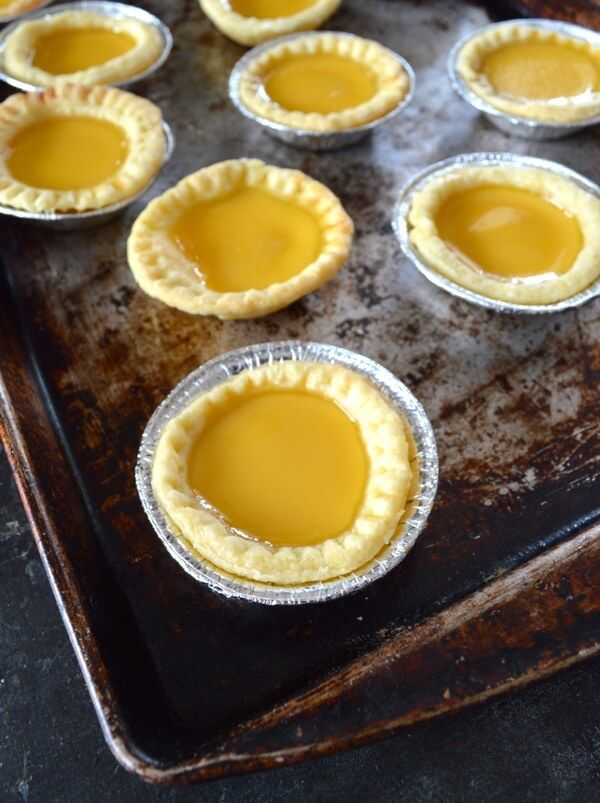 Hong Kong Egg Tarts by thewoksoflife.com Substitute milk with coconutmilk or others
