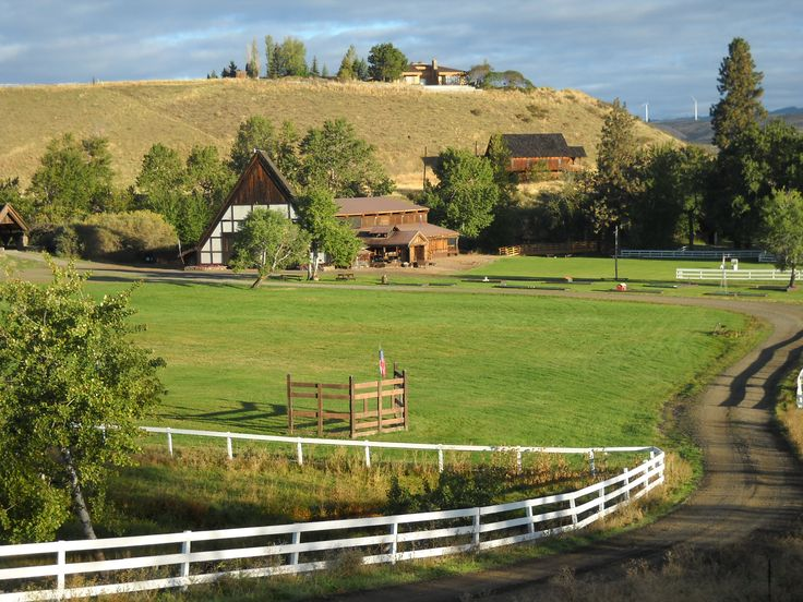 springwood ranch near thorp wa the facility is free with the price of catering really nicewashington statecateringwedding venuesmealsranchdream wedding