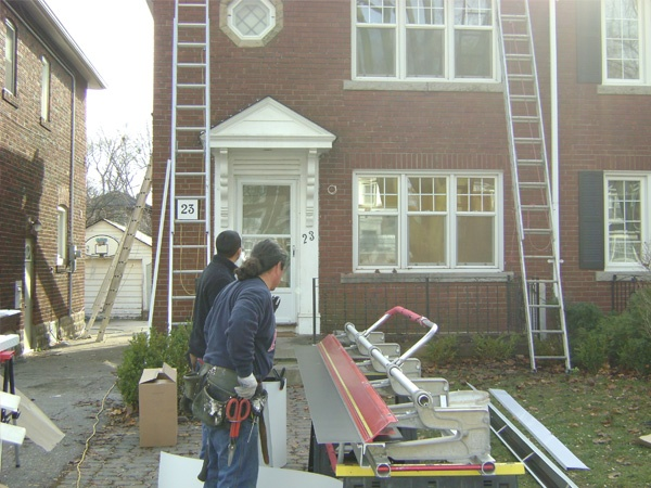 ET Painting is a toronto painting company. We offer quality and eco-friendly house painting with great service by professional Toronto painters.