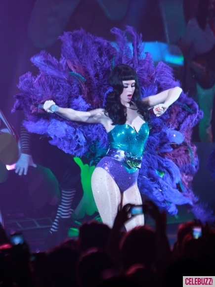1000+ images about Katy Perry :3 on Pinterest | Diego luna ...