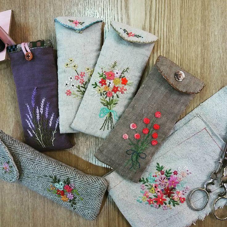 """Mi piace"": 1,027, commenti: 8 - mimi ~  (@lmrblue) su Instagram: ""#Embroidery#stitch#needle work #프랑스자수#일산프랑스자수#자수#자수타그램#자수소품#안경 집 #안경집 만들기~~"""