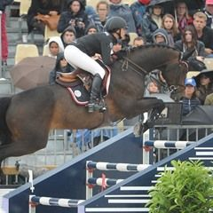 Georgina Bloomberg and Roger-Yves Bost shows off tricks (303356)