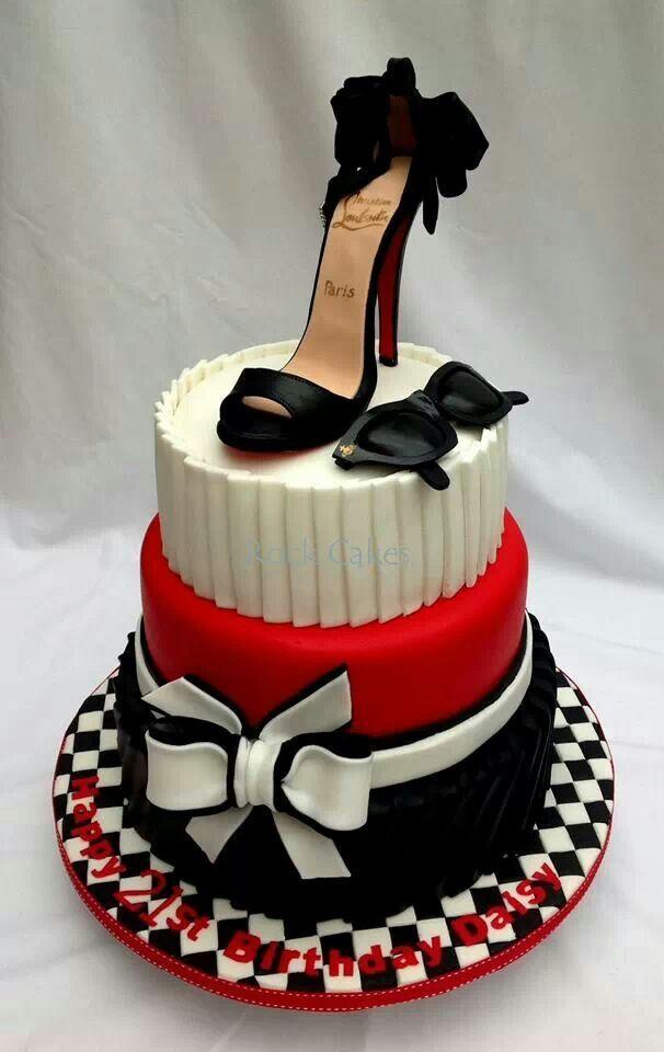 Pin Van Take A Bite Op Cakes Shoes Taart Bruiloft