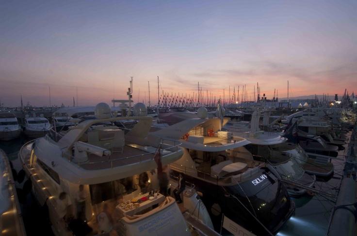 tramonto durante il Salone Nautico Internazionale di Genova © Paolo Picciotto