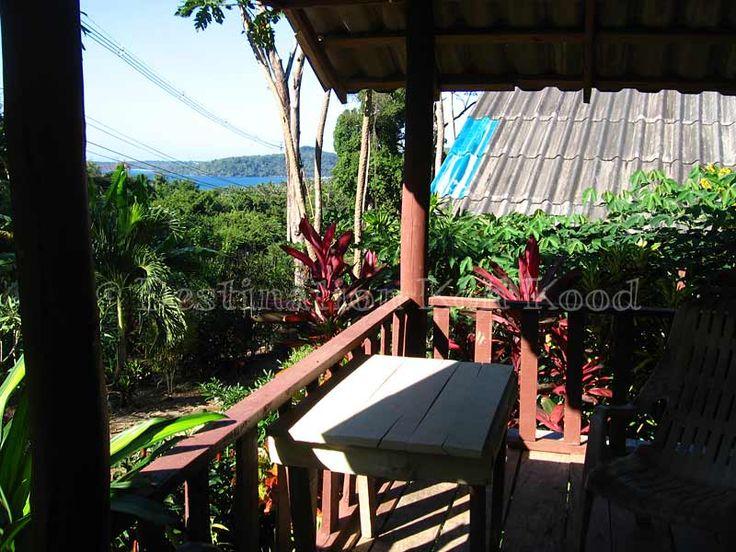 Hut with balcony @ Jimmy Hut (Koh Kood, Thailand)