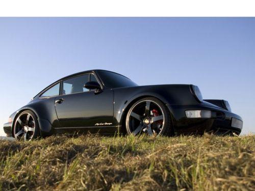 Porsche 911 (964). Black on Black