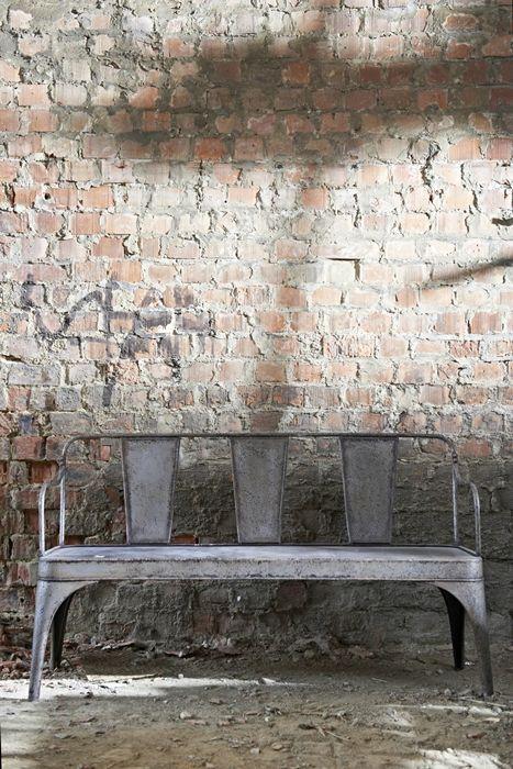 Plus de 1000 id es propos de deco jardin sur pinterest for Meuble brick montreal