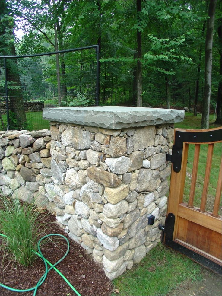how to build driveway entrance pillars