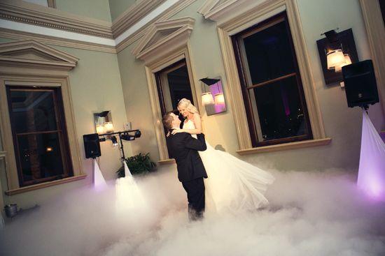 Dancing on a Cloud bridal waltz | G&M DJs | Magnifique Weddings #gmdjs #magnifiqueweddings #weddinglighting #weddingdjbrisbane @gmdjs