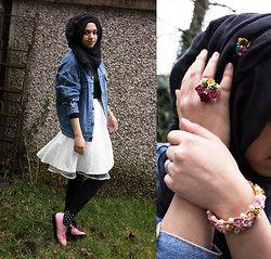 Al Madina Hijabs Black Scarf, Levi's Denim Jacket, Topshop White Skirt, H Leggings, Primark Spotty Socks, H Pointy Creepers, Primark Black Top, Norenzo Flower Hijab Pin, Norenzo Flower Ring, Norenzo Flower Bracelet - Vintage Girl - Saima Chowdhury