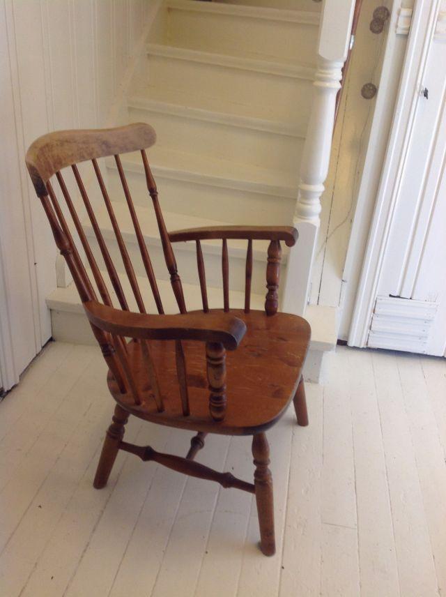 FINN – Vakker Windsor Nesto stol