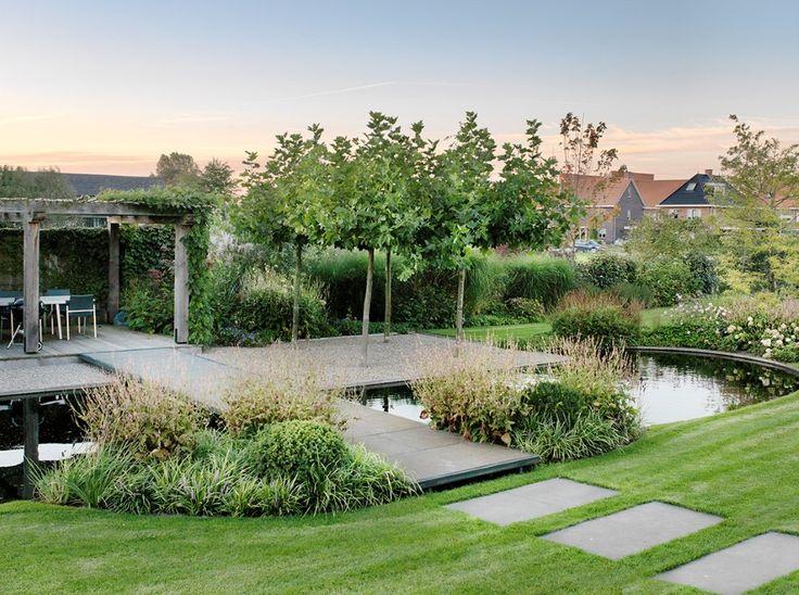 Landelijke tuin moderne tuin for Tuin inrichten planten