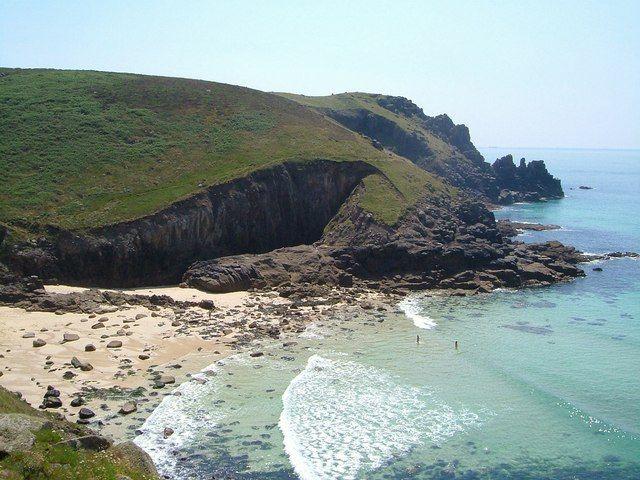 Nanjizal Beach - Cornwall