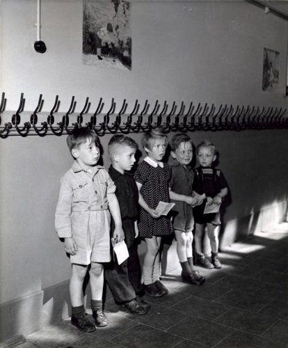 25 beste idee n over kinderen kapstokken op pinterest ingangs haken binnenkomst kapstokken - Idee gang ingang ...