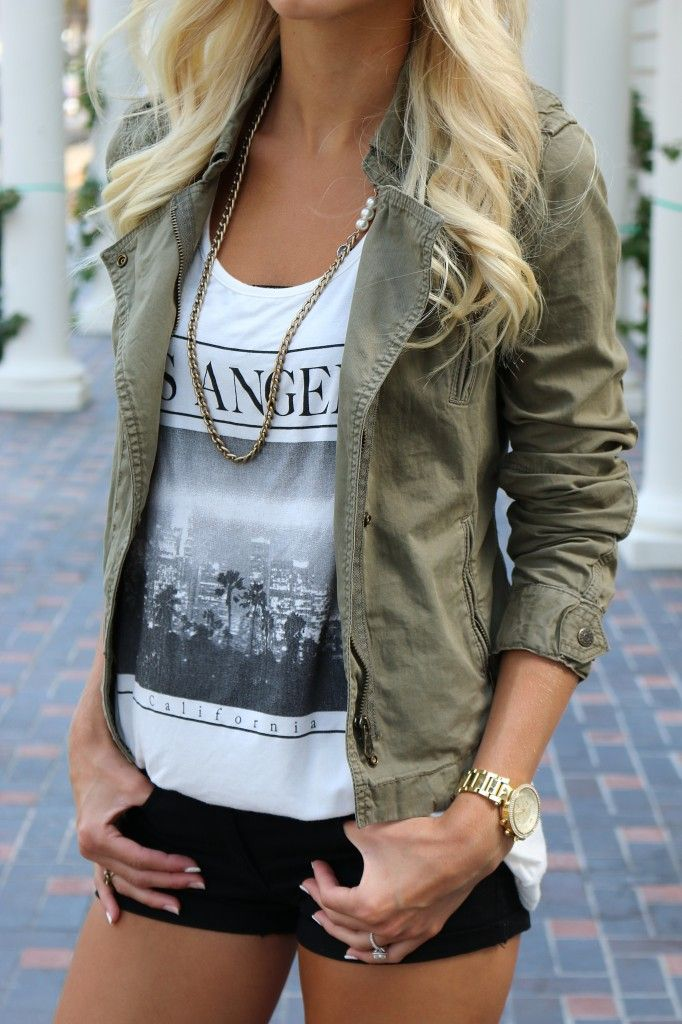Los Angeles tank | Army green jacket | Fashion Blogger / want one like this in black.. Gold zippers