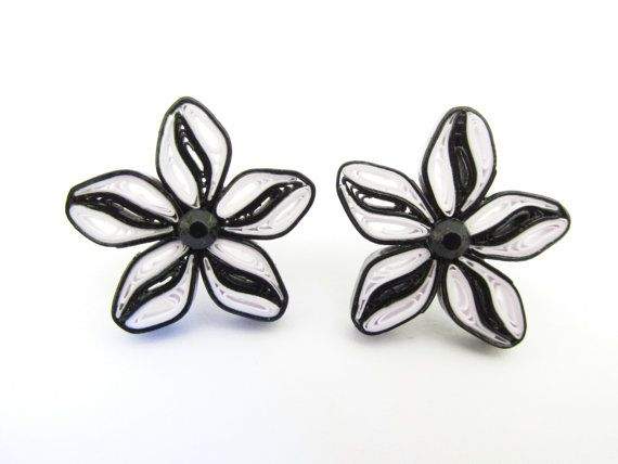 Quilled Earrings, Quilled Studs, Quilled Flowers, Quilled Jewellery, Gifts for Her, Black and White, Earrings, Stud Earrings, Quilled Paper